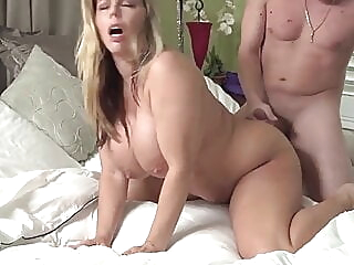 Guy nails appetizing step-mother before he heads to school old & young hd videos cougar