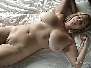 I Feel Myself For You All To Enjoy. blonde close-up fingering