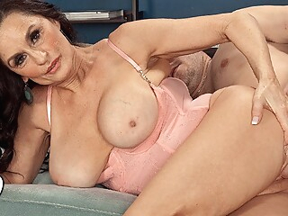 The Hard Sell - Rita Daniels and John Strange - 50PlusMILFs big ass big tits brunette