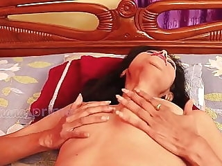 Indian Mature Desi mom wants hot cock mature milf indian