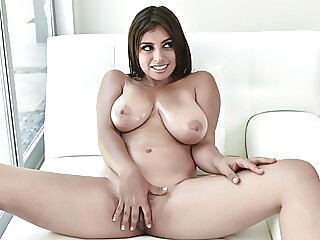 Thick Young Latina With Big Natural Tits Fucked By Big Cock blowjob brunette big boobs