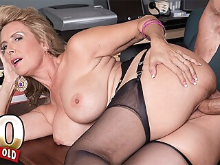 Hot wife Laura Layne eats cum - Laura Layne and Tony D'Sergio - 50PlusMILFs big ass big tits blonde